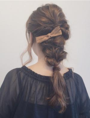 :ゆるふわルーズな編みおろしスタイル-ヘアスタイル-サイド